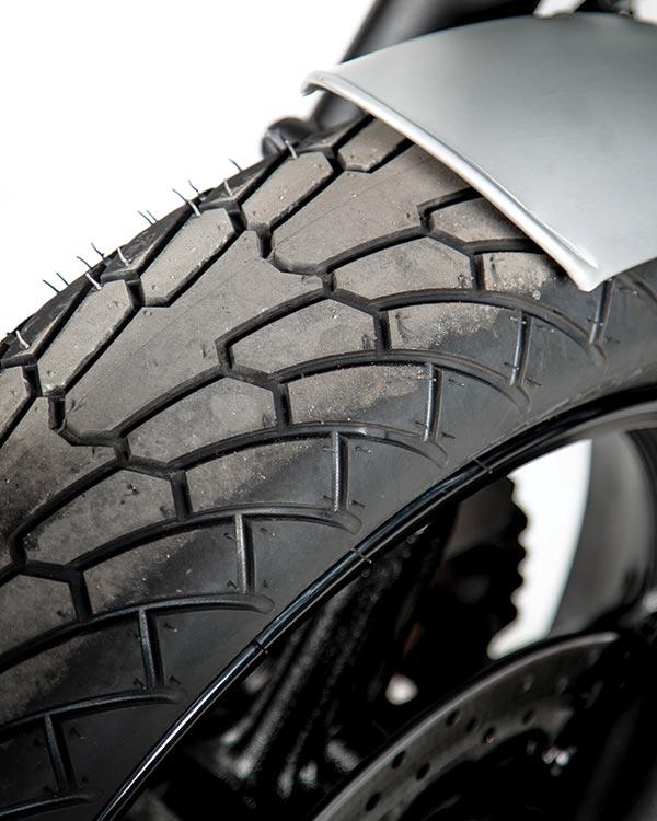 SUZUKI pneus